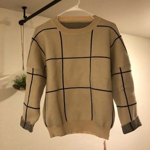 Chicwish Grid Round Neck Sweater S - M